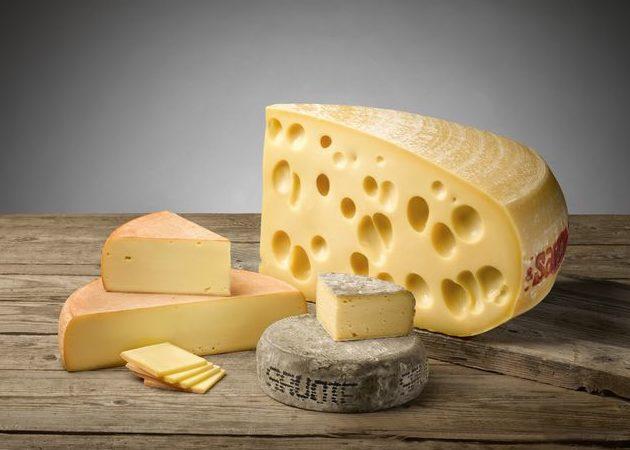 Les 3 fromages gérés par Savoicime : Emmental de Savoie, Raclette de Savoie et Tomme de Savoie